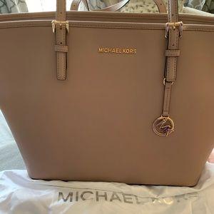 Michael Kors blush pink large jet set purse